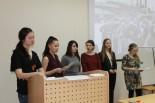Звучат стихи о войне в исполнении магистрантов и студентов